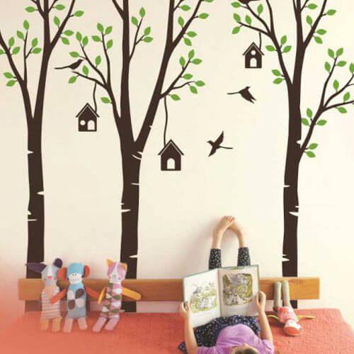 Adesivo de parede árvores com passarinhos voando