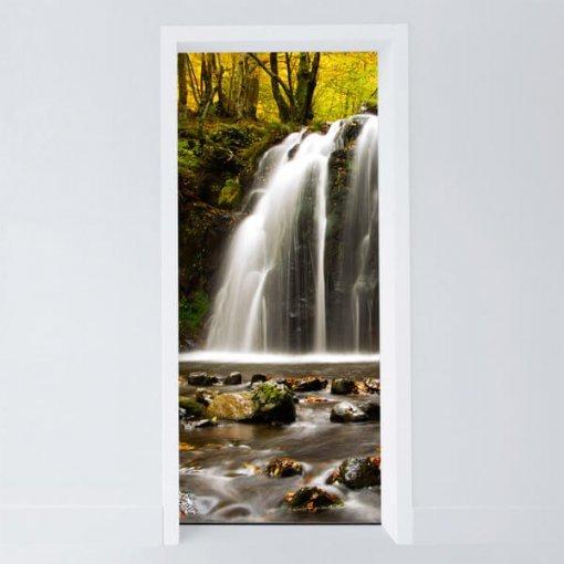 Adesivo para porta cachoeira no outono